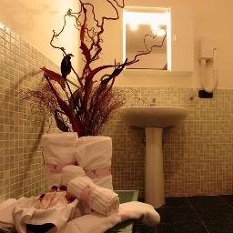 Villa_dei_Giuochi_Delfici-Rome-Bathroom-544886.jpg