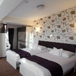 Comfort room West Plaza