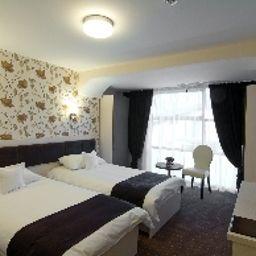 West_Plaza-Bucharest-Standard_room-2-545310.jpg