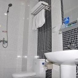 Happy_holiday-Tangshan-Bathroom-2-545604.jpg