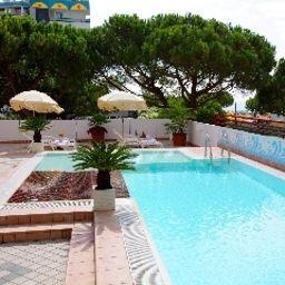 Coppe-Lido_di_Jesolo-Pool-1-545760.jpg
