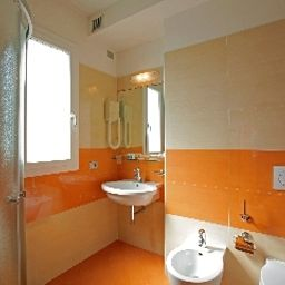Coppe-Lido_di_Jesolo-Bathroom-1-545760.jpg