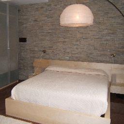 Virgilio-Riva_del_Garda-Junior_suite-545830.jpg