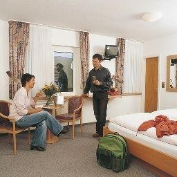 Haus_Rameil-Lennestadt-Standardzimmer-10-546506.jpg