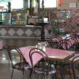 Motel_2000-Steszew-Cafe_Bistro-1-546514.jpg