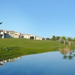 AppartHotel_et_Spa_Golf_de_la_Cabre_dOr_Residence_de_Tourisme-Cabries-Golf_course-546955.jpg