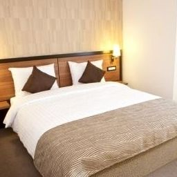 Single room (standard) Europa Royale Bucharest