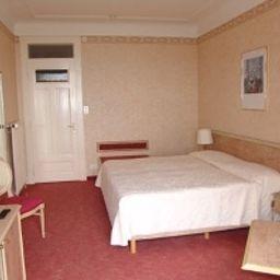 Grand_Hotel_des_Rasses-La_Sarraz-Room-547559.jpg