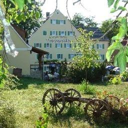 Gotzenmuehle_Landgasthof-Lichtenau-Exterior_view-1-547799.jpg