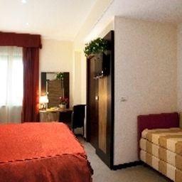 Camera per famiglie OC Hotel Villa Adriana