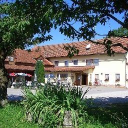Forster_am_See_Gasthaus-Eching-Aussenansicht-548169.jpg