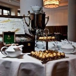 Favor-Dusseldorf-Breakfast_room-1-548958.jpg