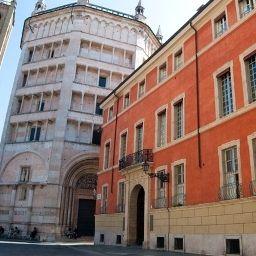 Palazzo_Dalla_Rosa_Prati-Parma-Exterior_view-2-548997.jpg