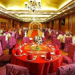 Restauracja The Royal Garden Hotel