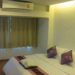 Nantra_Silom-Bangkok-Double_room_superior-549987.jpg