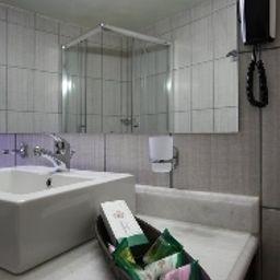 Badezimmer Skopelos Holidays Hotel & Spa