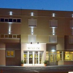 Semlin_Hotel-Zemun-Exterior_view-1-551781.jpg