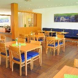 Franz_Tagungs-_und_Stadthotel-Essen-Breakfast_room-551864.jpg