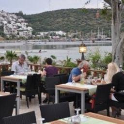 Manuela-Bodrum-Restaurant_1-1-551935.jpg