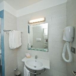 Bathroom Vittoria