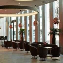 Lobby Ramada Hotel & Conference Center München Messe
