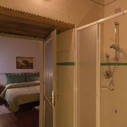 Podere_Violino-Sansepolcro-Bathroom-3-553813.jpg