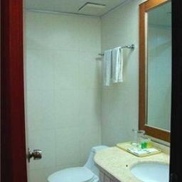 Hubei_Jiuye_Plaza_-_Wuhan-Wuhan-Room-1-561348.jpg