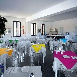 Sala de desayuno Corte Grande