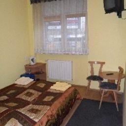 Fogra_Travel_Pokoje_Goscinne-Krakow-Double_room_standard-1-562721.jpg