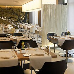 Breakfast room within restaurant Novotel Nuernberg Messezentrum