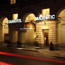 Фасад Starhotels Majestic