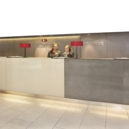 Холл Crowne Plaza LONDON - HEATHROW