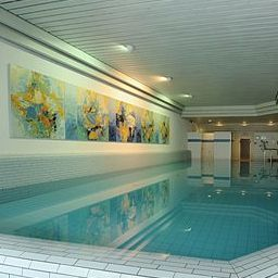 Piscine Central Hotel Leonhard Best Western Plus