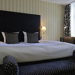 Room First Hotel Mayfair