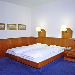 Room Götz Fotos