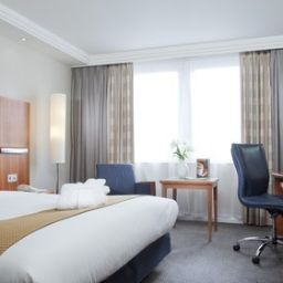 Chambre Holiday Inn FARNBOROUGH