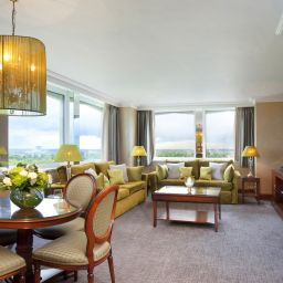 Suite Junior Lancaster London
