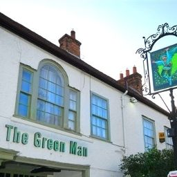 Фасад Green Man Good Night Inns