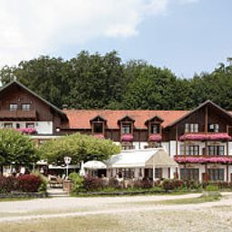 Exterior view Forsthaus am See