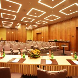 Conference room Sheraton Palace Hotel Fotos