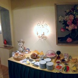 Buffet Roter Hahn