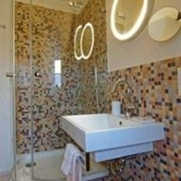 Bathroom Palmenbad