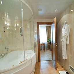 Bathroom National Luxury Collection