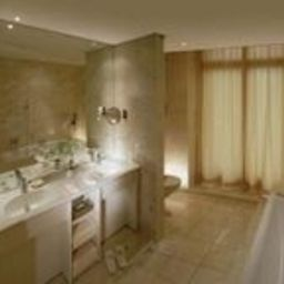 Bathroom Beau-Rivage Palace