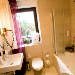 Bathroom Seehotel Leoni