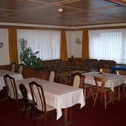 Breakfast room within restaurant Elite Garni