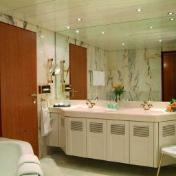 Bathroom Maritim