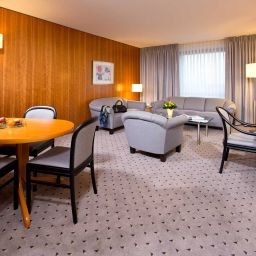 Junior suite Maritim Airport Hotel