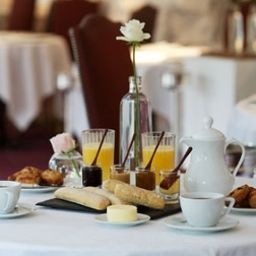Breakfast room Le Moulin de Mougins Chateaux et Hotels Collection