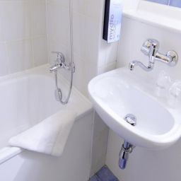 Bathroom Campanile Basildon